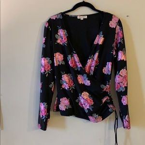 Long sleeve rose blouse M